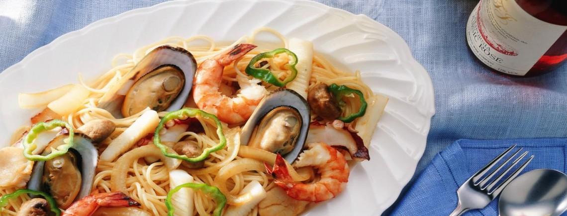seafood-pasta1366x76858695