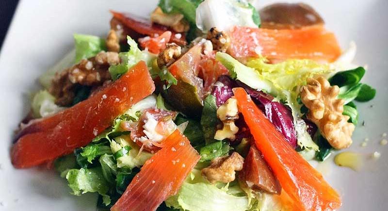 ensalada-de-salmon-Bacc
