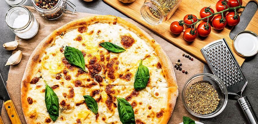 quattro-formaggi-pizza